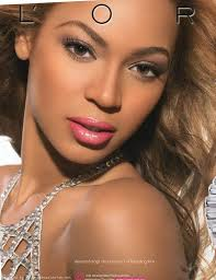 Beyonce's picture after retouching (gotten from www.rhymeswithsnitch.com)
